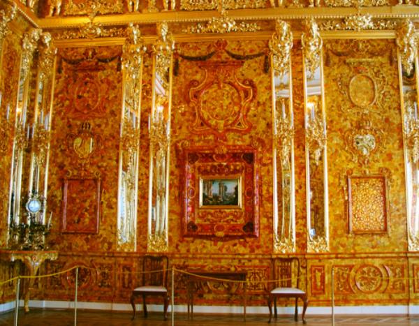 Знаменитая комната из янтаря