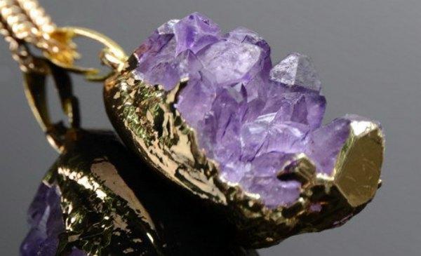 Свойства камня аметиста. Его магические свойства по знакам зодиака