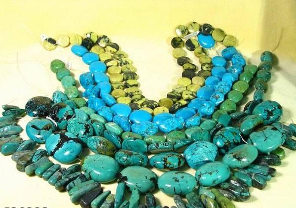 Сине-зеленый камень бирюза