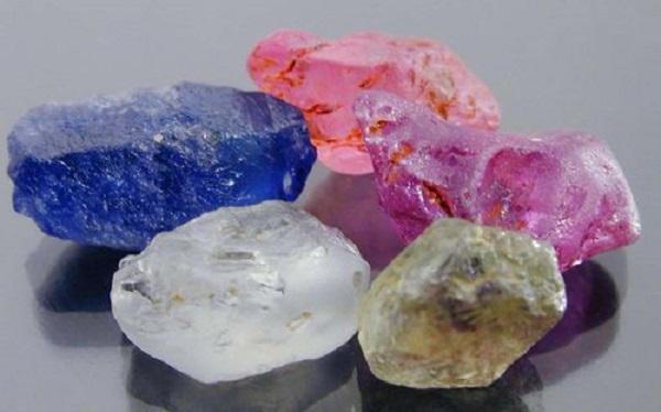 Камень кальцит фото свойства и значение